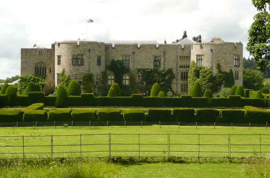 the gates of chirk castle